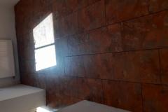 VInil-vinilna-talna-obloga-v-videzu-lesa-s-kombinacijo-kamna-vinil-za-vsak-dom