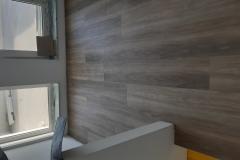 Polaganje-vinilne-talne-obloge-v-stanovanju-vinil-v-prostoru-lesni-dekor-vinil-videz-parketa-Efcom